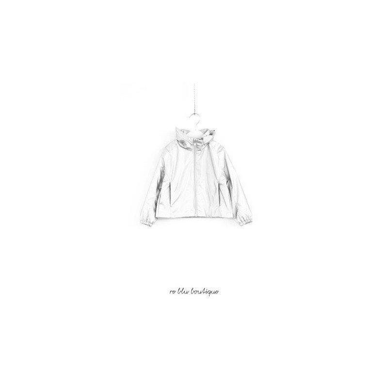 Giacca a vento Polo Ralph Lauren con cappuccio estraibile dal colletto che rimane alla coreana, zip, logo tono su tono. Vestibilità regolare.