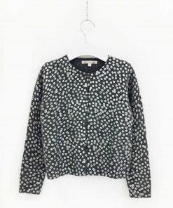 Cardigan grigio in cachemire con piccoli pois stampati color argento, scollo squadrato, modello morbido, piccole coste sui polsi e sul fondo del maglione
