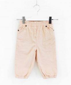 Pantalone StellaMcCartney modello cargo in color rosa cipria, elastico sul fondo, ricami sulle tasche. Molto morbido con piccolo ricamo sulla tasca