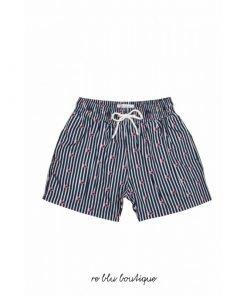 """Costume """"Finn"""" Plume Bleu a bermudino con tessuto in poliestere a rapida asciugatura, toppa con logo sul retro, cintura elasticizzata."""