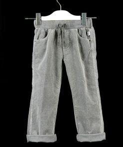 Pantalone in velluto a coste stretch di color grigio chiaro, elastico in vita con coulisse regolabile tono su tono, tasche a jeans