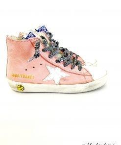 """Sneakers Golden Goose modello """"Francy"""" in pelle rosa pastello, effeto vintage voluto che puo' variare, allacciatura con stringhe stampa leopard grigia,tomaia in pelle, suola interno e soletta in pelle, suola in gomma"""