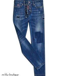 Jeans cinque tasche Dsquared2 lavaggio medio con effetto consumato che può leggermente variare, ruches semrpe in denim, chiusura con zip e bottoni