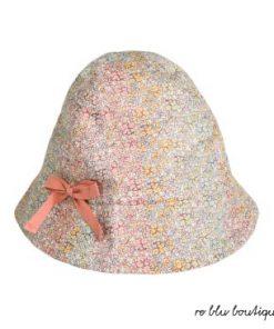 """Cappello a campana Bonpoint modello """"Grigri"""", in 100% cotone stampa liberty multicolore, piccolo fiocco rosa salmone laterale"""