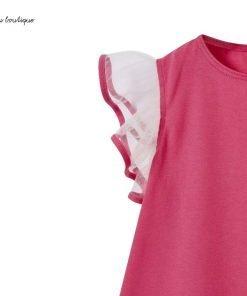 Fresco abitino in jersey di cotone rosa ortensia con maniche a farfalla in tulle bianco bordate in jersey rosa ortensia